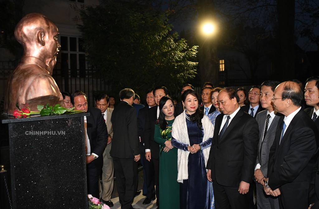 Thủ tướng hội kiến Chủ tịch Quốc hội, chào xã giao Tổng thống Áo - ảnh 2