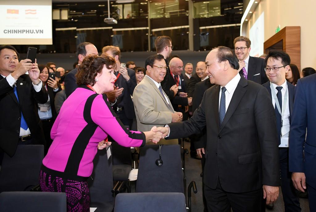 Thủ tướng: Chỉ có hợp tác mới tiến xa trên con đường phát triển phồn vinh - ảnh 1