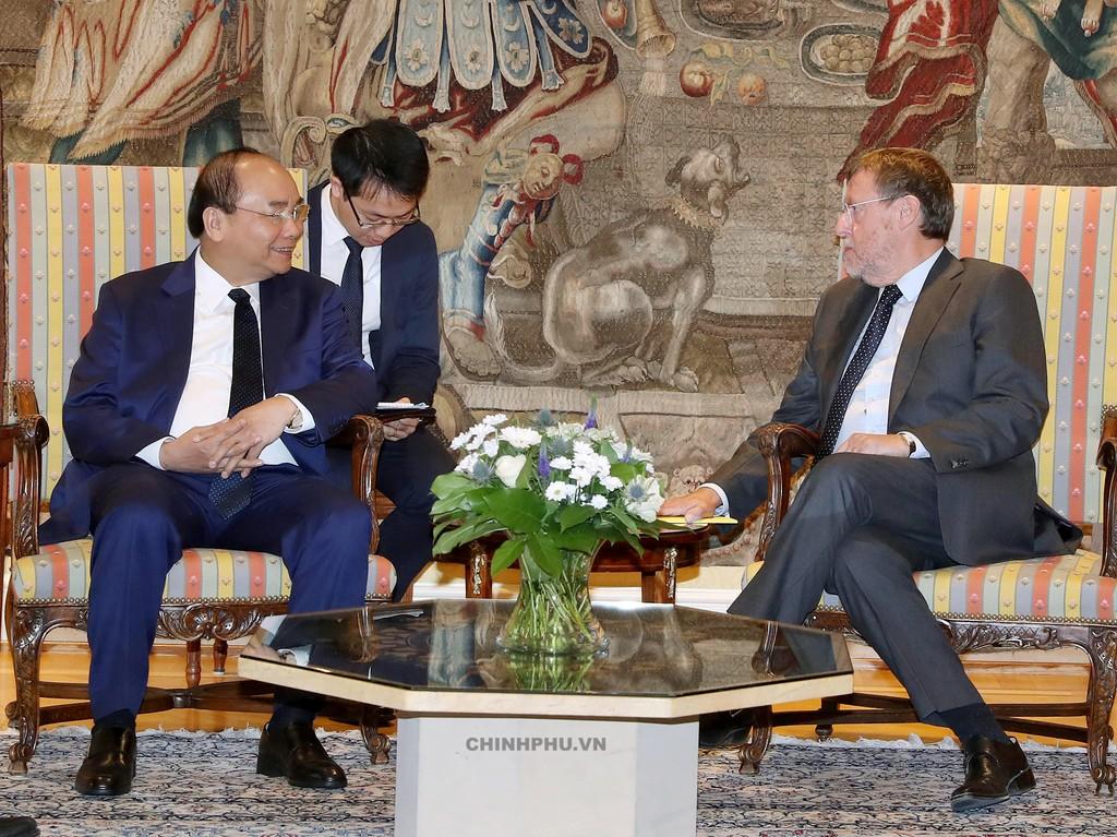 Thủ tướng gặp Chủ tịch Hạ viện Bỉ - ảnh 1