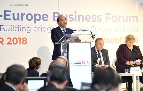 Thủ tướng phát biểu tại Diễn đàn Doanh nghiệp Á-Âu. Ảnh: VGP