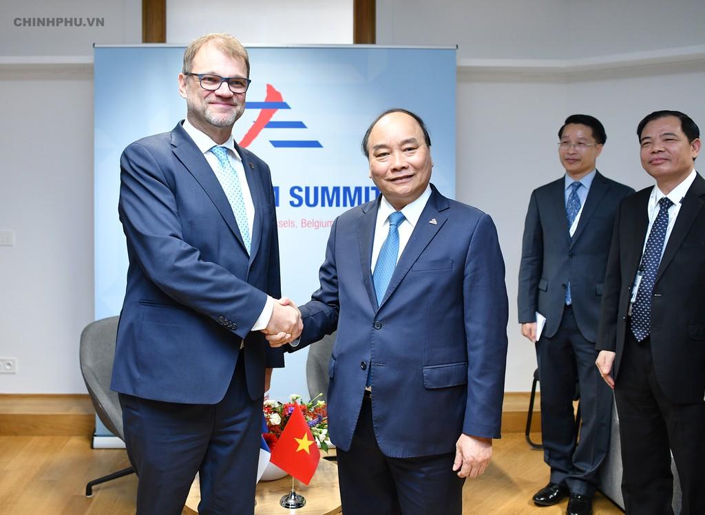 Thủ tướng tiếp xúc song phương nhiều lãnh đạo thế giới bên lề ASEM - ảnh 6