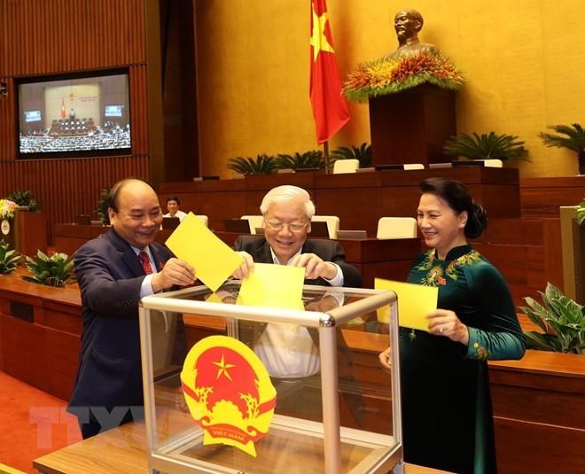 Đại biểu Quốc hội bỏ phiếu bầu Chủ tịch nước. Ảnh: TTXVN