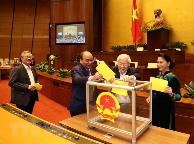 Hình ảnh các đại biểu Quốc hội bỏ phiếu bầu Chủ tịch nước - ảnh 1