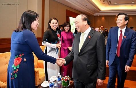 Thủ tướng đặt câu hỏi về tầm nhìn ASEAN nếu phụ nữ 'bị bỏ lại phía sau' - ảnh 2