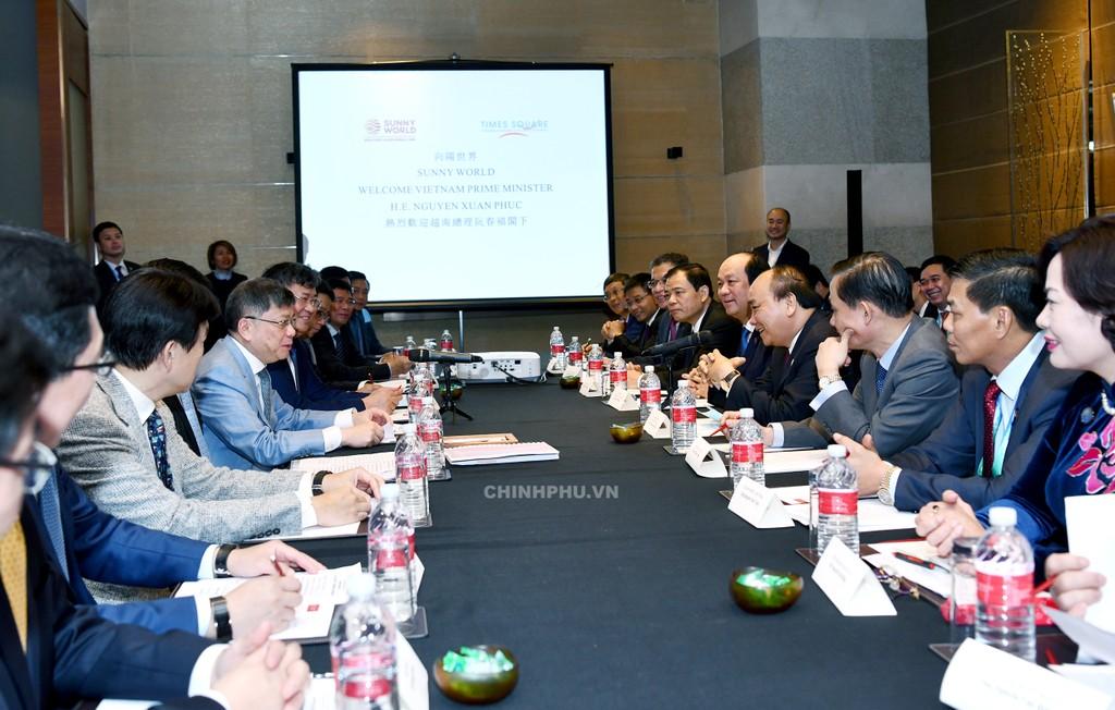 CHÙM ẢNH: Hoạt động của Thủ tướng tại Trung Quốc - ảnh 11