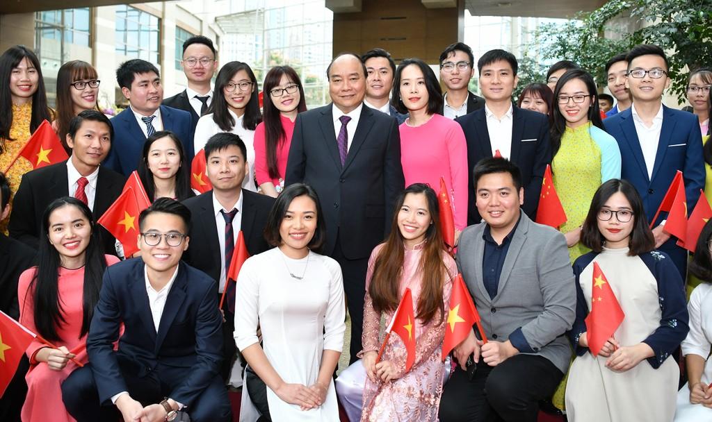 CHÙM ẢNH: Hoạt động của Thủ tướng tại Trung Quốc - ảnh 3