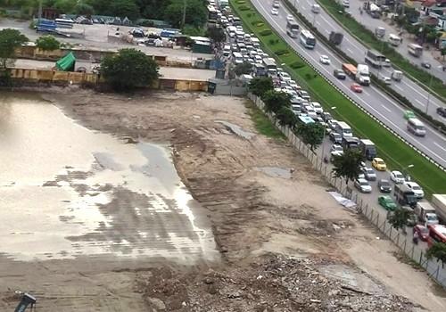 Vị trí xây dựng bến xe Yên Sở nằm sát vành đai 3, khu vực thường bị ùn tắc giao thông vào giờ cao điểm.