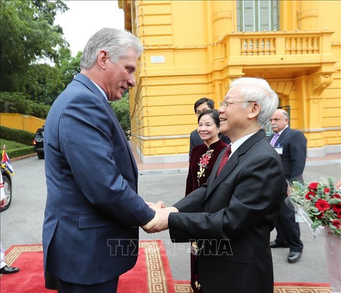 Lễ đón Chủ tịch Cuba Miguel Díaz-Canel thăm hữu nghị chính thức Việt Nam - ảnh 1