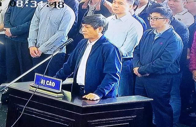 """Đang xét xử cựu Trung Tướng Phan Văn Vĩnh và vụ án """"đánh bạc nghìn tỷ"""" - ảnh 1"""