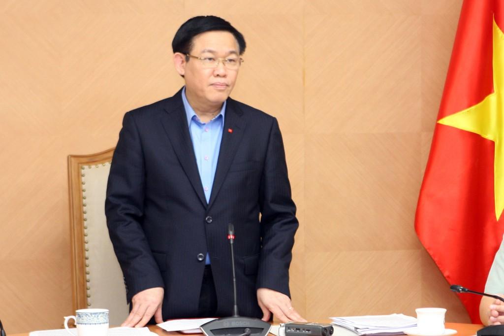 Phó Thủ tướng Vương Đình Huệ chủ trì cuộc họp. Ảnh: VGP