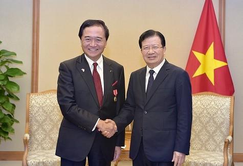 Phó Thủ tướng Trịnh Đình Dũng tiếp Thống đốc tỉnh Kanagawa (Nhật Bản), ông Yuji Kuroiwa - Ảnh: VGP