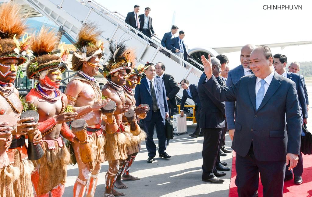 Thủ tướng đến Papua New Guinea, bắt đầu chuyến tham dự Hội nghị APEC 26 - ảnh 3
