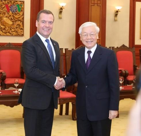 Việt Nam coi trọng củng cố, phát triển quan hệ Đối tác chiến lược toàn diện với Nga - ảnh 1