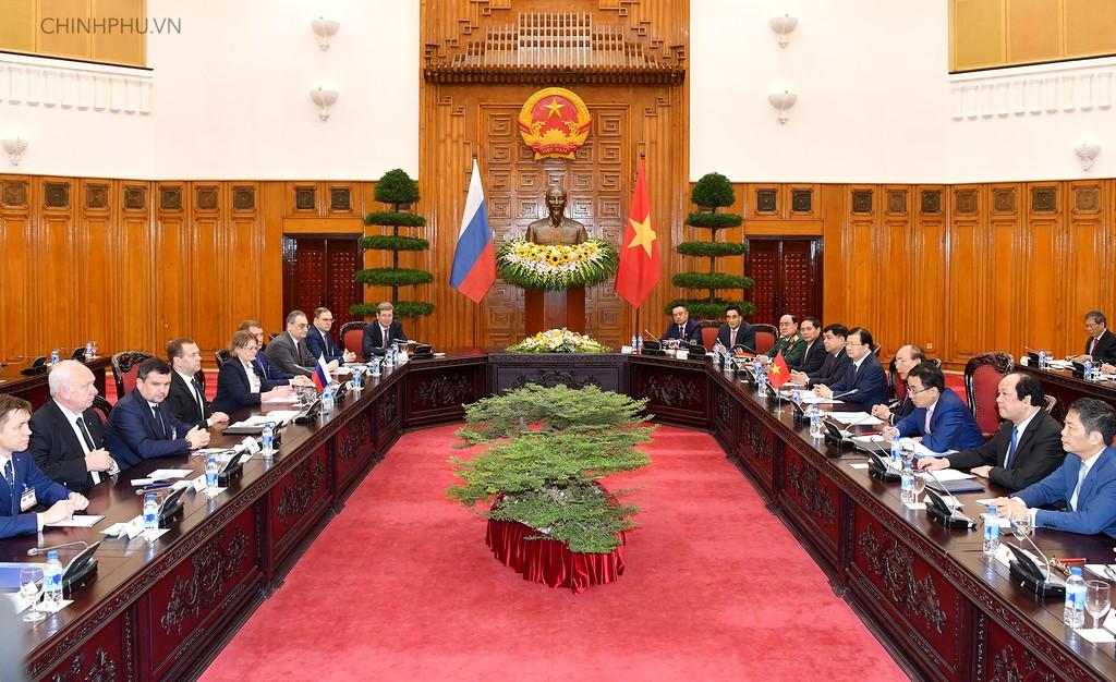 Thủ tướng Nguyễn Xuân Phúc hội đàm với Thủ tướng D.A. Medvedev - Ảnh: VGP