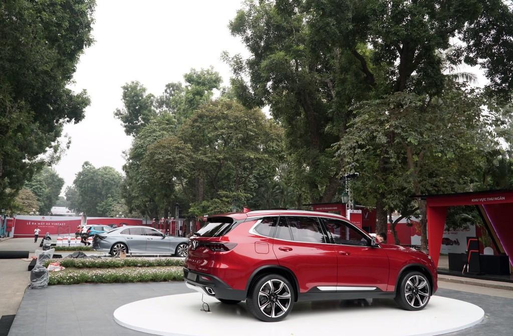 """VinFast công bố giá bán """"3 không"""" với xe ô tô Lux và Fadil - ảnh 2"""