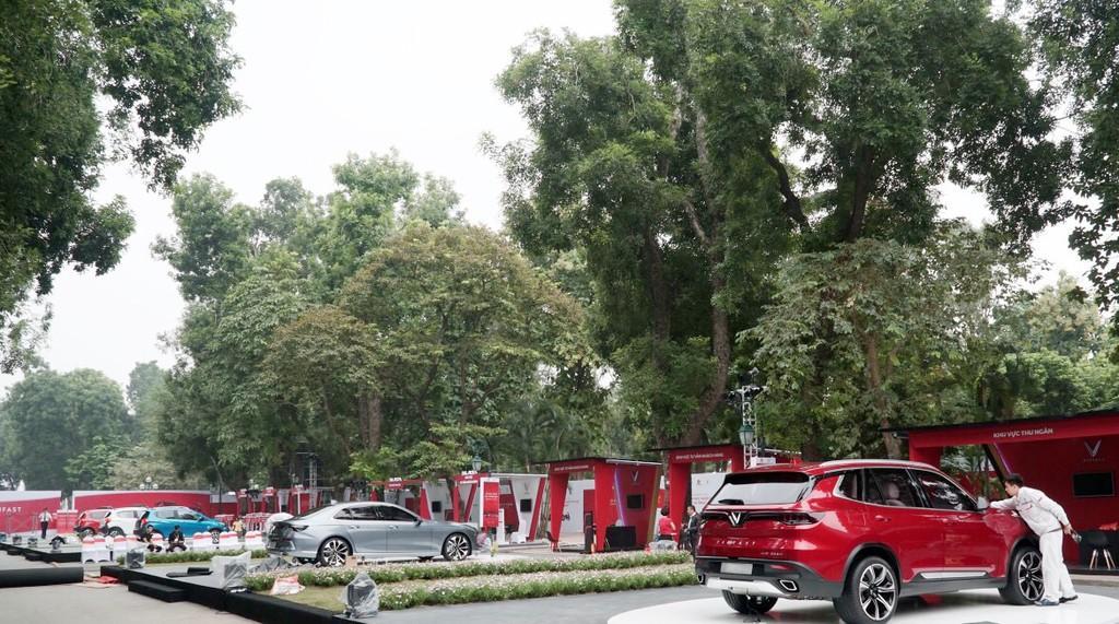 """VinFast công bố giá bán """"3 không"""" với xe ô tô Lux và Fadil - ảnh 4"""