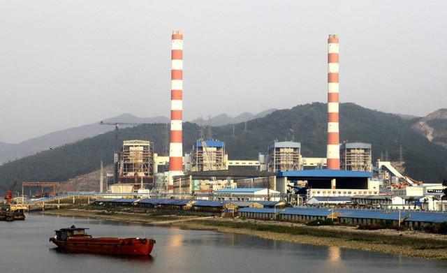 Nhà máy nhiệt điện Quảng Ninh cho biết, do thiếu than trầm trọng, 2 trong 4 tổ máy của nhà máy đã phải dừng hoạt động.