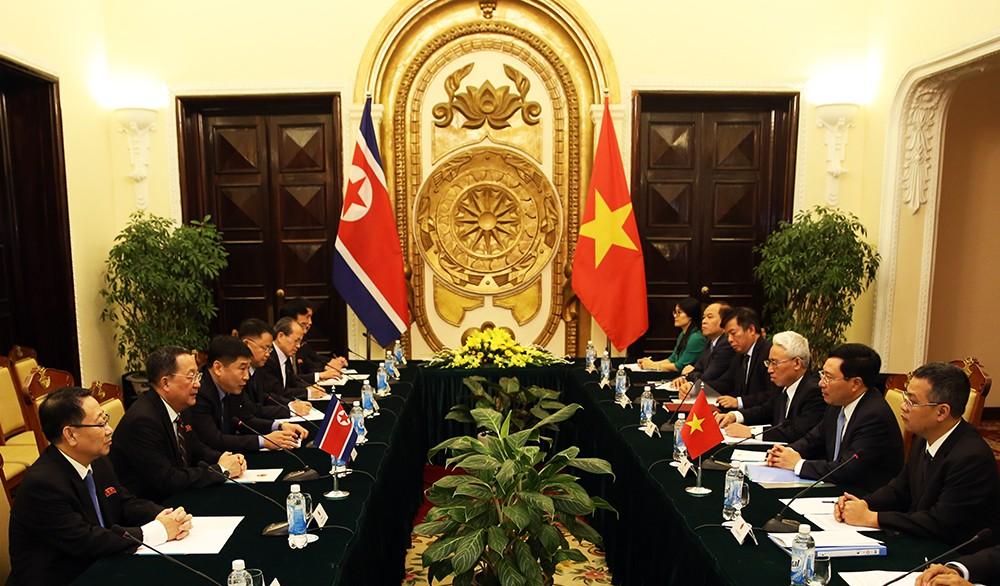 Triều Tiên coi trọng quan hệ truyền thống hữu nghị với Việt Nam - ảnh 1