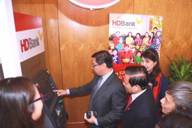 HDBank đạt giải ngân hàng bán lẻ tiêu biểu năm 2018 - ảnh 6