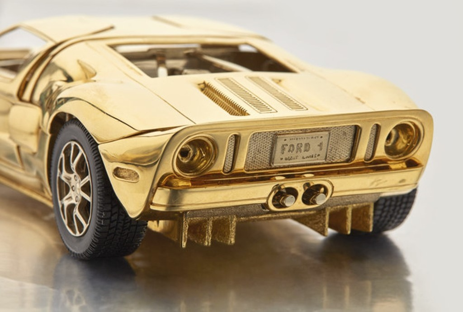 Mô hình Ford GT được đấu giá ngang BMW 3-Series - ảnh 4