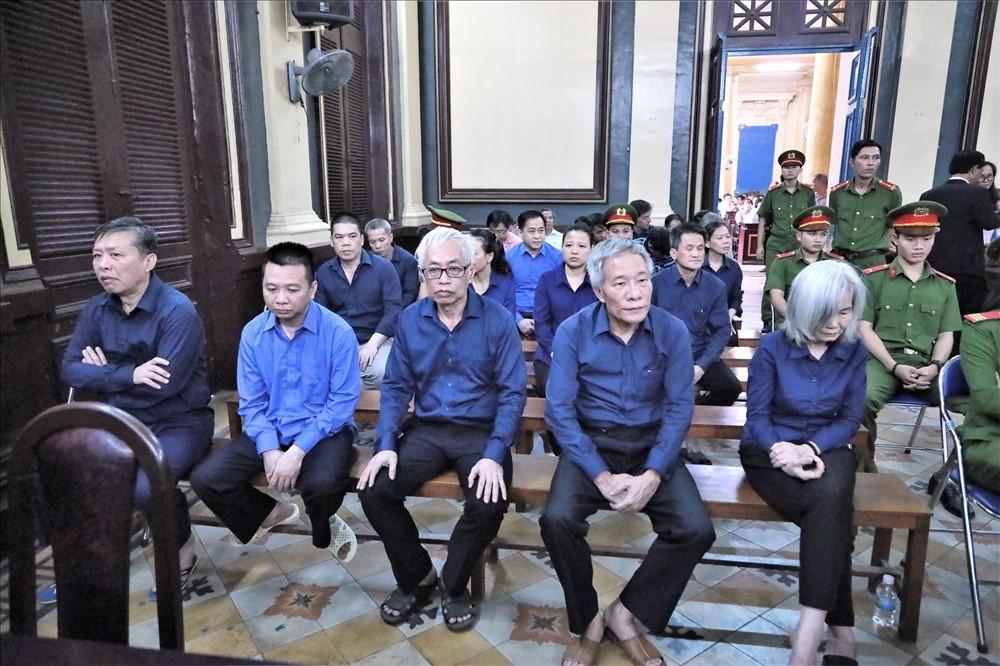 """""""Truy"""" trách nhiệm ngân hàng Nhà nước về sai phạm tại ngân hàng Đông Á - ảnh 2"""