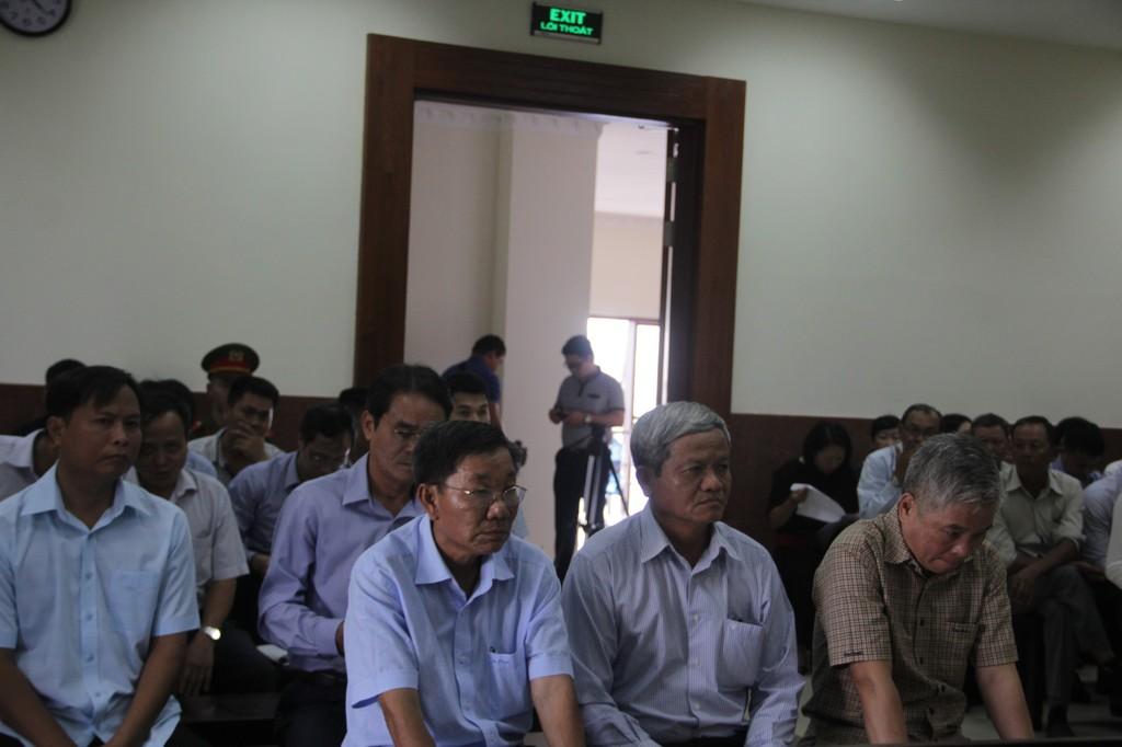 Nguyên Phó Thống đốc Đặng Thanh Bình tiếp tục hầu tòa - ảnh 2