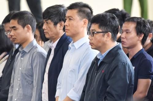 Bị cáo Phan Văn Vĩnh xin thi hành ngay án tù 9 năm - ảnh 1