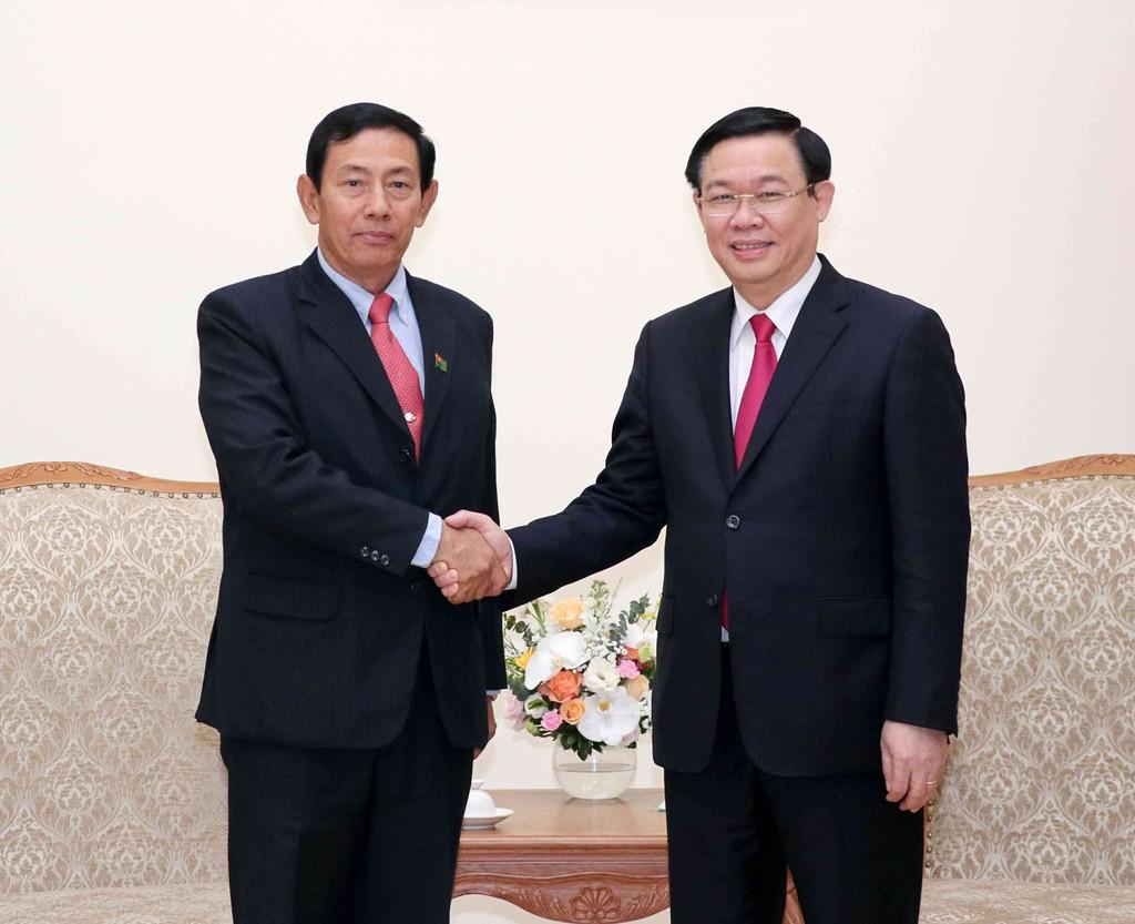 Phó Thủ tướng Vương Đình Huệ tiếp Chủ tịch Đảng Đoàn kết và Phát triển Liên bang Myanmar. Ảnh: VGP