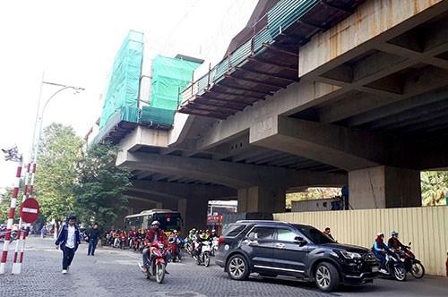 Sắp lắp đặt 3.200 tấn ray cho tuyến metro Nhổn - ga Hà Nội - ảnh 2