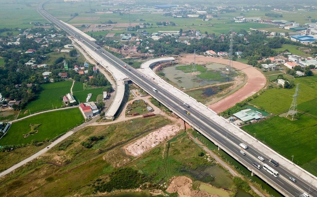 Tuyến cao tốc lớn nhất phía Nam không 'về đích' kịp cuối năm - ảnh 2