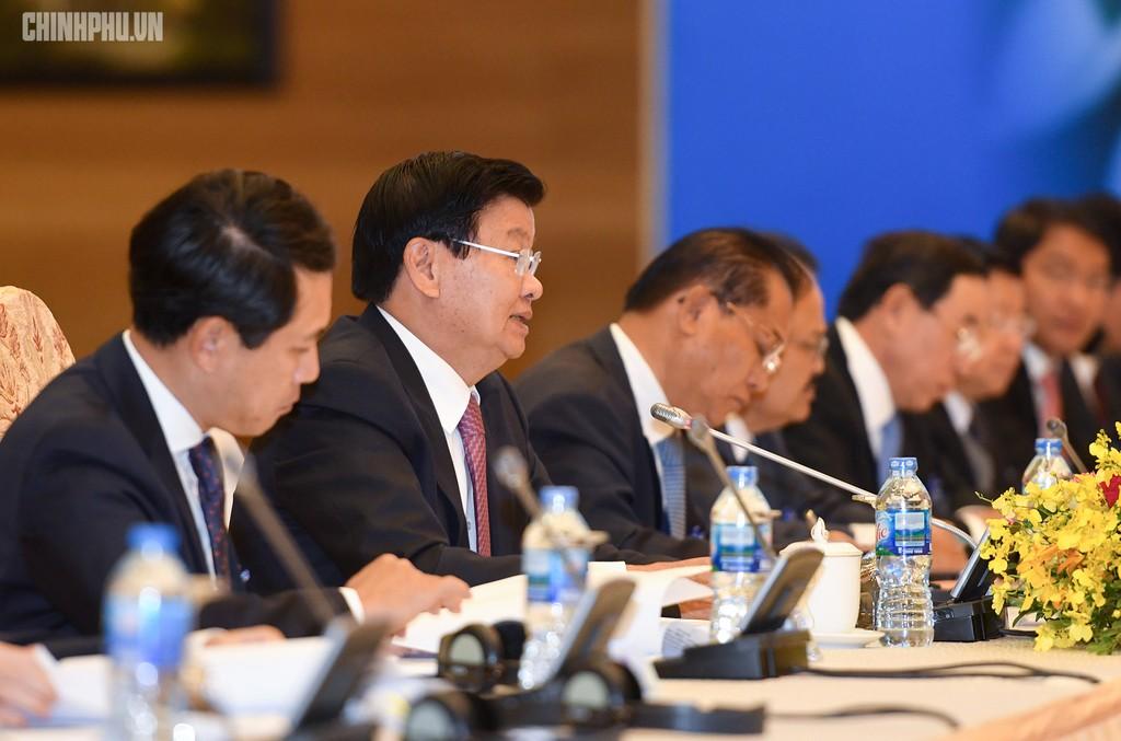 Hai Thủ tướng đồng chủ trì Kỳ họp 41 Ủy ban Liên Chính phủ Việt Nam - Lào - ảnh 4