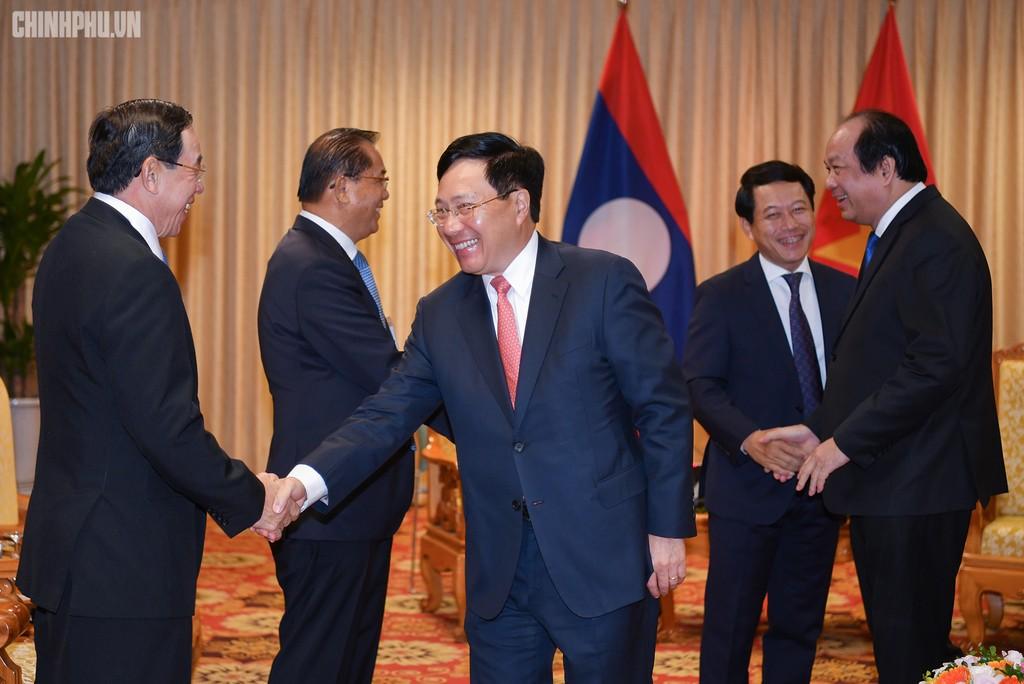 Hai Thủ tướng đồng chủ trì Kỳ họp 41 Ủy ban Liên Chính phủ Việt Nam - Lào - ảnh 5