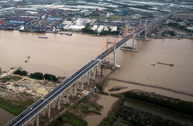 Cầu Bạch Đằng nối Hải Phòng và Quảng Ninh.