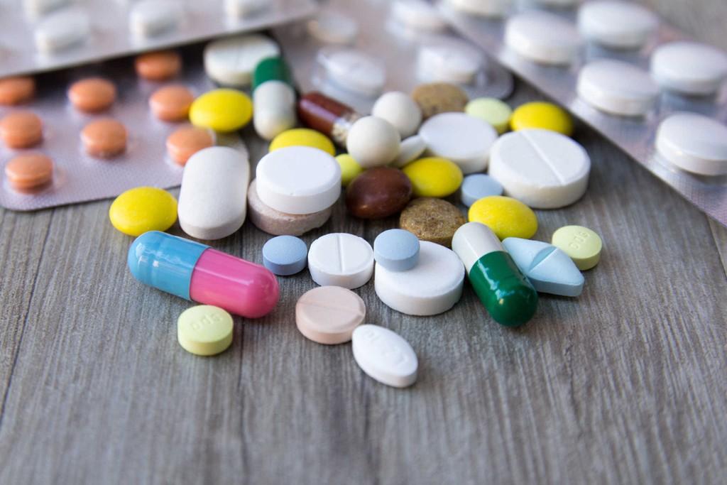 Một bệnh viện lớn tại TP.HCM khi tổ chức lựa chọn nhà thầu cho gói thầu mua thuốc có giá trị hơn 30 tỷ đồng đã có cách thông báo KQLCNT… không giống ai. Ảnh minh họa: Internet