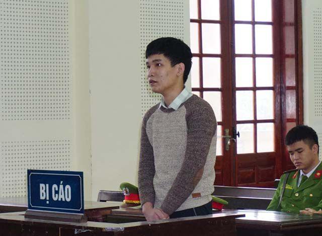 Phan Anh Tuấn đã đăng nhập, chiếm quyền sử dụng Facebook của nhiều du học sinh Việt Nam tại Nhật Bản để thực hiện hành vi chiếm đoạt tài sản.