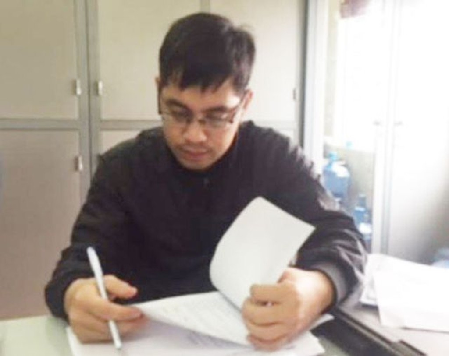 Đối tượng Nguyễn Văn Quốc làm giả giấy tờ của Giám đốc bệnh viện quân đội 108 để lừa đảo chiếm đoạt tài sản số tiền gần 4,5 tỉ đồng.