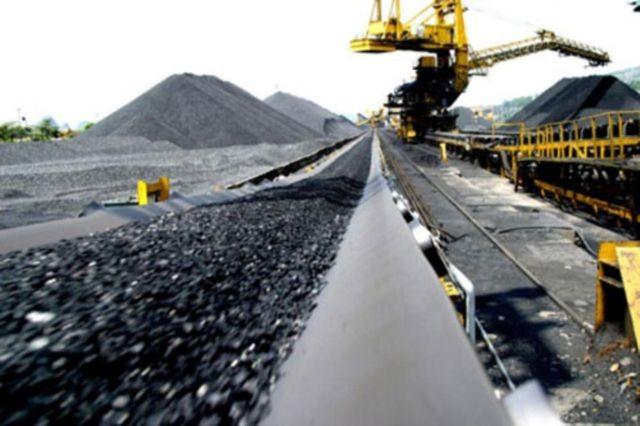 Các nhà máy nhiệt điện thuộc EVN sẽ phải sử dụng than trộn pha với than nhập khẩu có giá thành cao hơn.