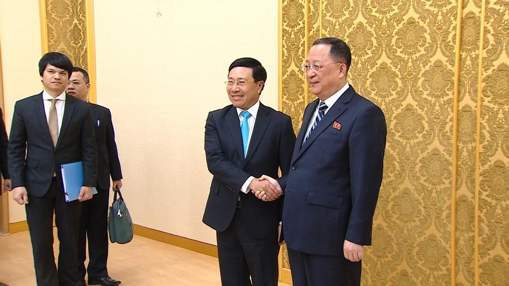 Phó Thủ tướng Phạm Bình Minh thăm chính thức CHDCND Triều Tiên - ảnh 1