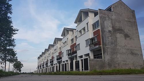 Một dự án bất động sản từng có rất nhiều suất ngoại giao được rao bán nhưng mới có số ít được triển khai.