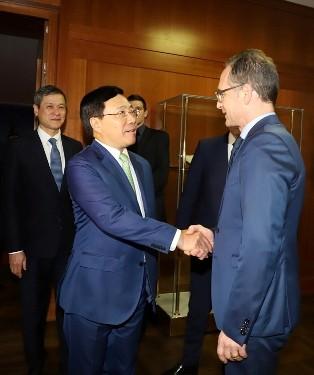 Phó Thủ tướng, Bộ trưởng Ngoại giao Phạm Bình Minh thăm CHLB Đức - ảnh 1