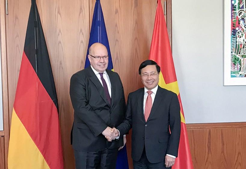 Phó Thủ tướng, Bộ trưởng Ngoại giao Phạm Bình Minh thăm CHLB Đức - ảnh 4