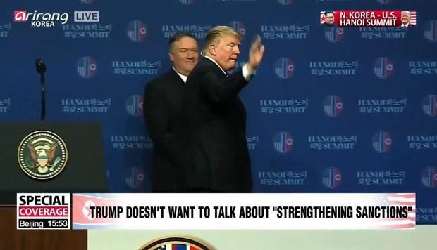 Ông Trump kết thúc họp báo và ra sân bay rời Hà Nội - ảnh 1