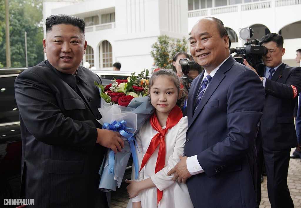 Thủ tướng Chính phủ Nguyễn Xuân Phúc tiếp Chủ tịch Kim Jong Un - ảnh 3