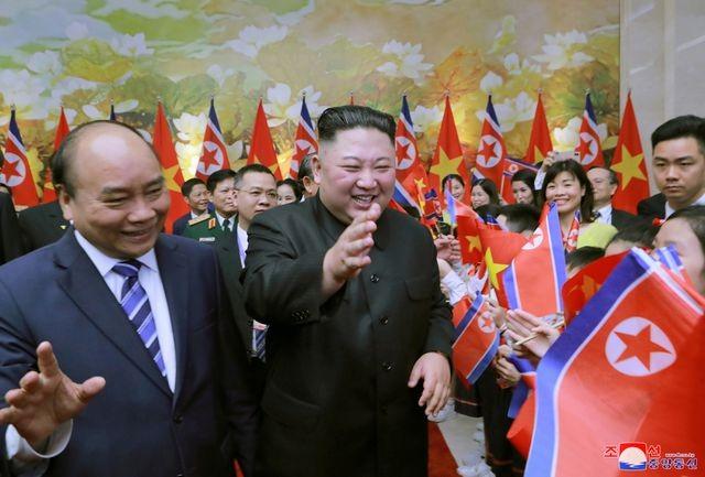 Truyền thông Triều Tiên đăng bộ ảnh ấn tượng về chuyến thăm Việt Nam của ông Kim Jong-un - ảnh 10