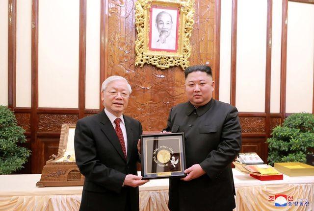 Truyền thông Triều Tiên đăng bộ ảnh ấn tượng về chuyến thăm Việt Nam của ông Kim Jong-un - ảnh 5