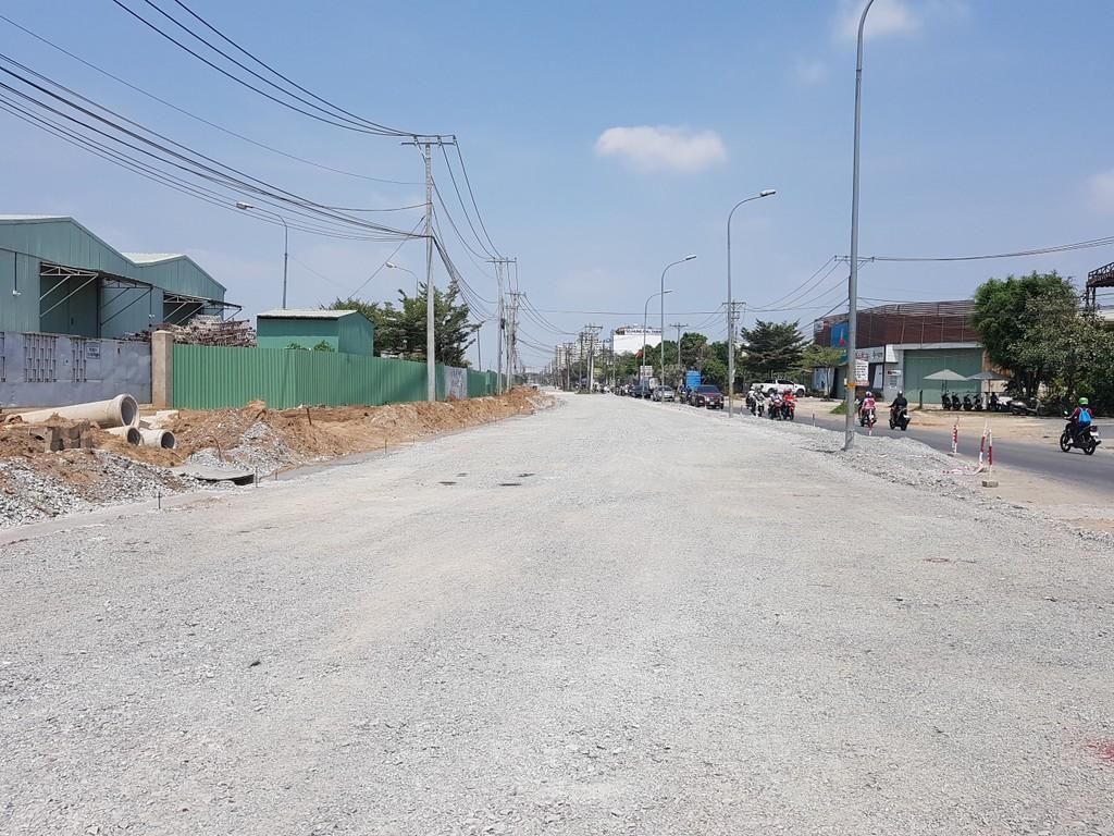 TP HCM: Giá đất mặt đường mới quận 9 tăng, có nơi 180 triệu đồng/m2 - ảnh 3