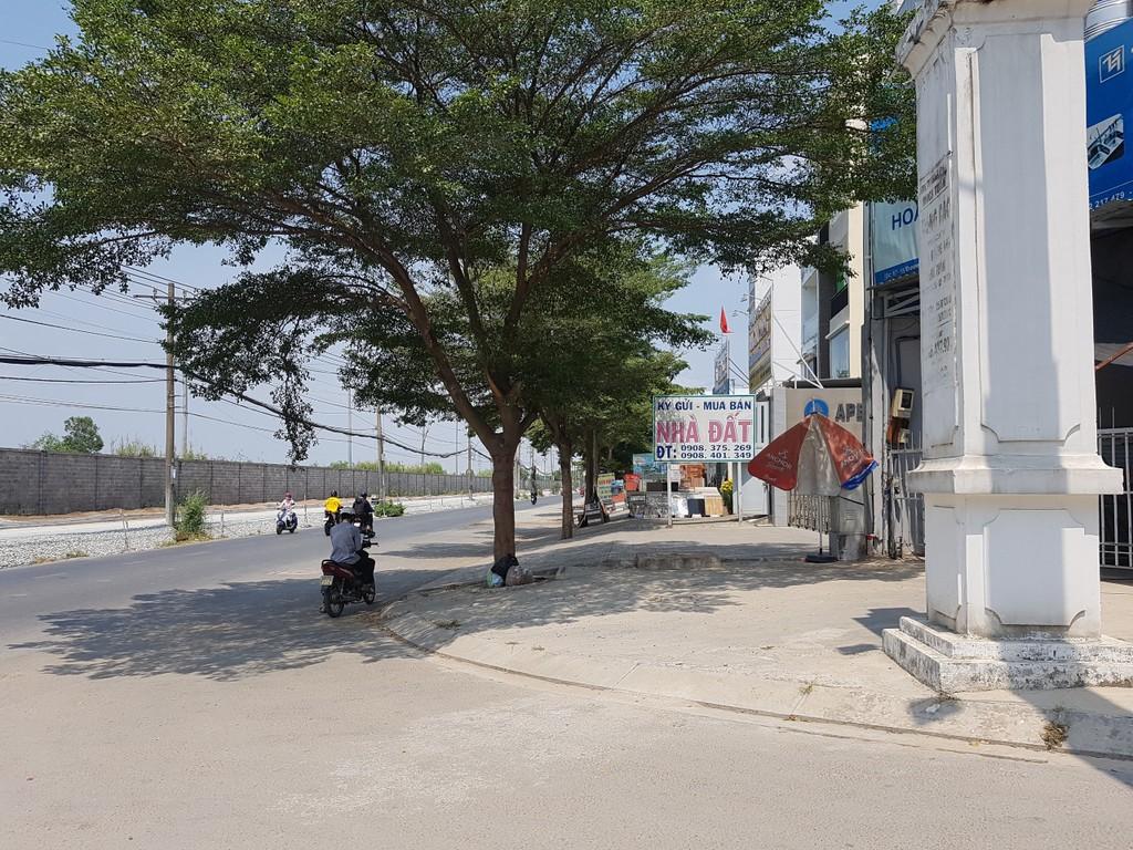 TP HCM: Giá đất mặt đường mới quận 9 tăng, có nơi 180 triệu đồng/m2 - ảnh 4
