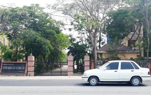Phòng Giáo dục huyện Bình Sơn, nơi xảy ra sai phạm.