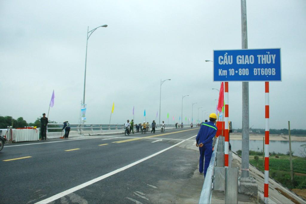 Quảng Nam chuẩn bị lựa chọn nhà thầu xây cầu Giao Thủy - ảnh 1