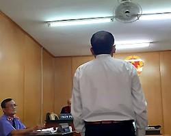 Cựu cán bộ quản lý thị trường ở Sài Gòn lĩnh án vì 'vòi tiền' - ảnh 1